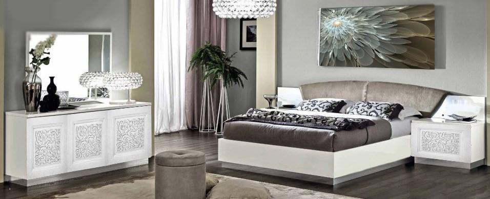 Обзавеждане на спалня с релефни рисунки