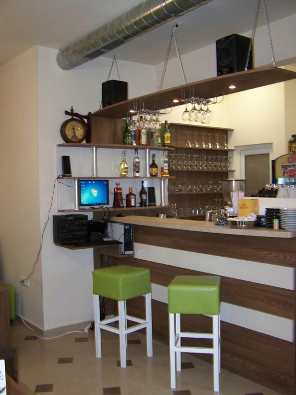 Интериор на кафене