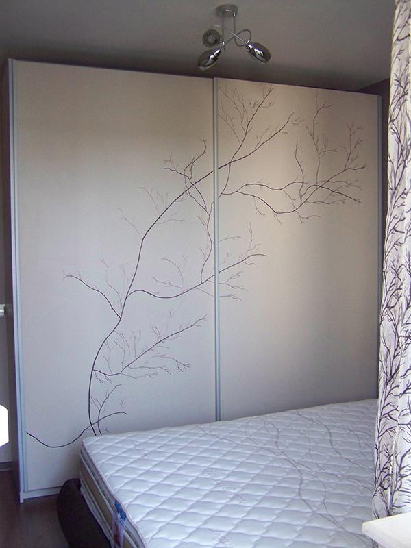 Рисуван гардероб по индивидуален проект