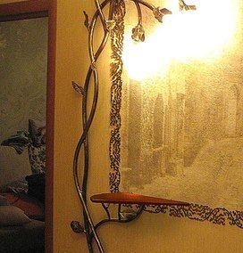 Когато HAND MADE изкуството върху мебели и аксесоари, влиза артистично с въображение в интериорните ни пространства…