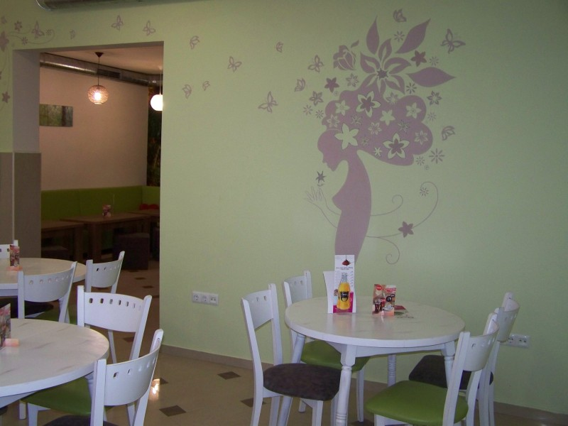Рисунка на стена в заведение
