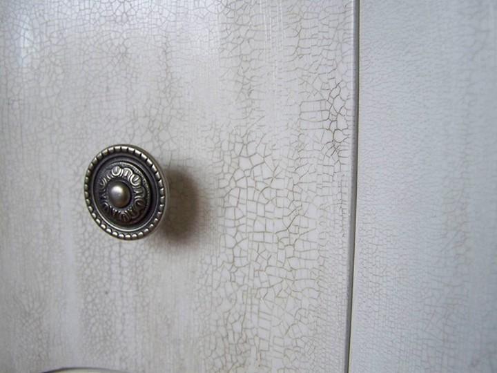 Състарено шкафче за баня
