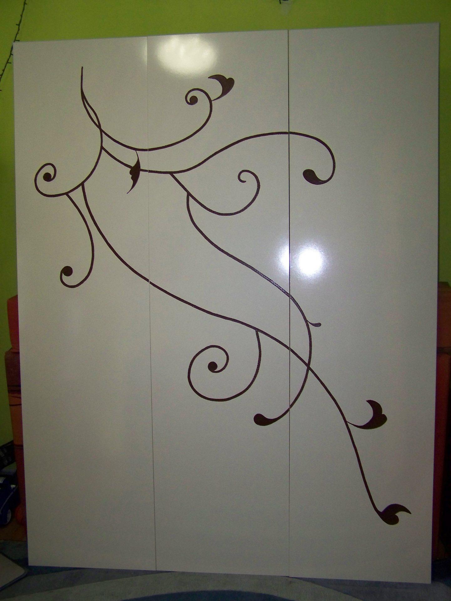 Рисунка на гардероб